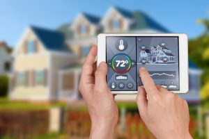 wifi-thermostat-controlling-home-temperature-from-outside